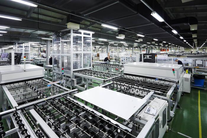 한화큐셀코리아 음성 모듈 공장. [자료:한화큐셀]