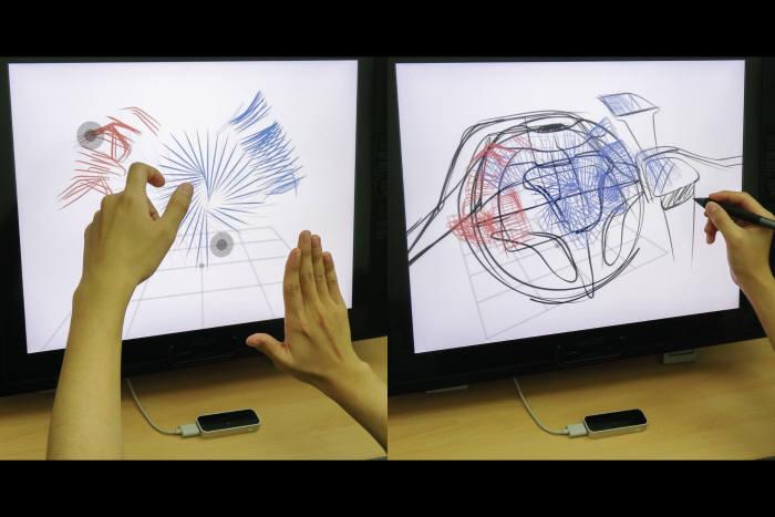 에어 스캐폴딩 기술로 3차원 스케치를 그리는 모습