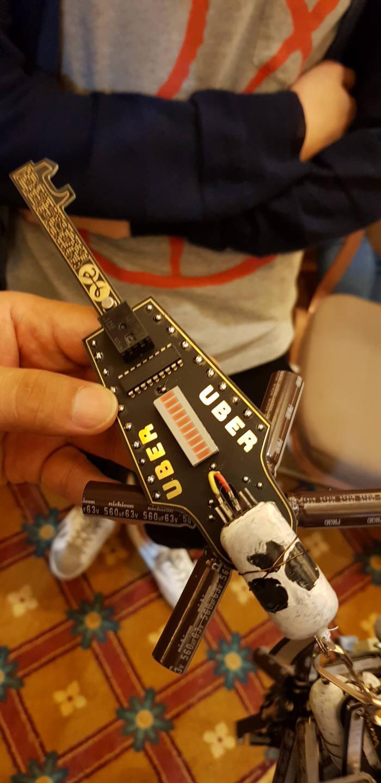 데프콘 CTF26 참가자 받은 블랙배지.