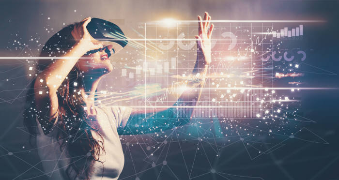 VR 엔터테인먼트는 시각을 넘어 후각까지 구현해 오감을 모두 구현하는 방향으로 발전하는 중이다. (출차: shutterstock)