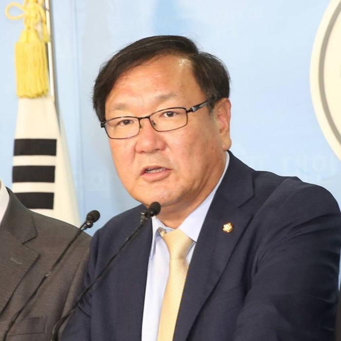 김태년 더불어민주당 정책위의장