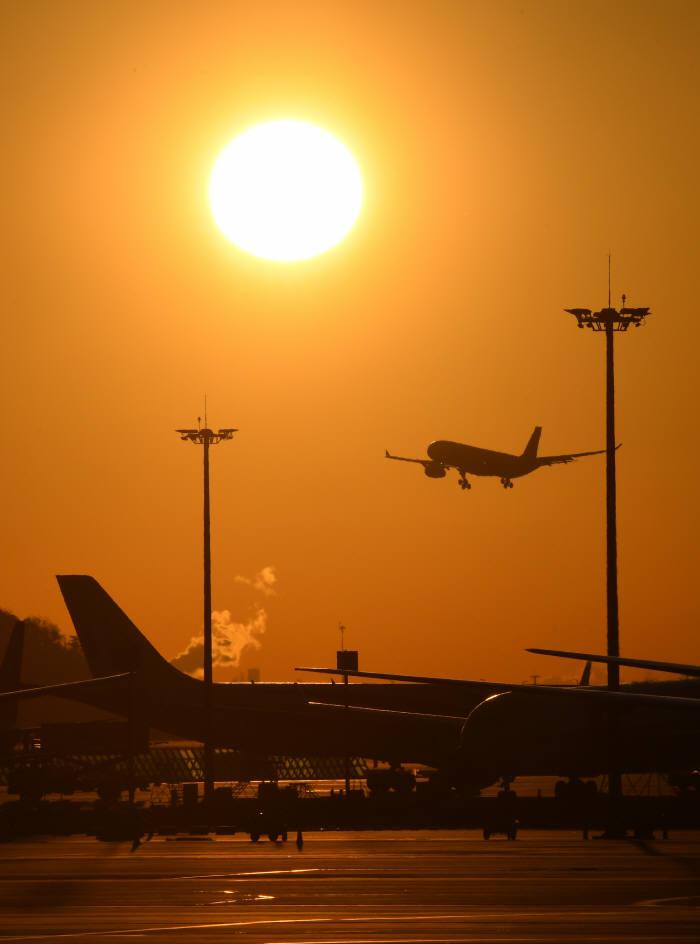 광주 민간공항, 2021년까지 전남 무안국제공항에 통합