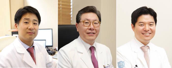 (왼쪽부터) 분당서울대병원 재활의학과 김원석, 백남종 교수, 순환기내과 박진주 교수