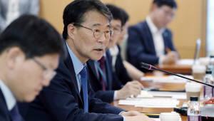 """장하성, 김동연과 """"일부 의견 차이""""...""""정책 방향은 같다"""""""