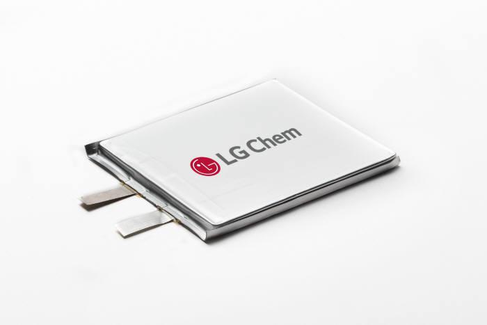 LG화학 노트북용 저(低) 코발트 배터리. (사진=LG화학)