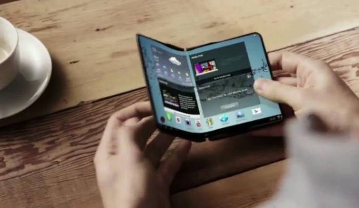 삼성전자가 공개한 폴더블 스마트폰 컨셉 모델(자료: 영상 캡처)