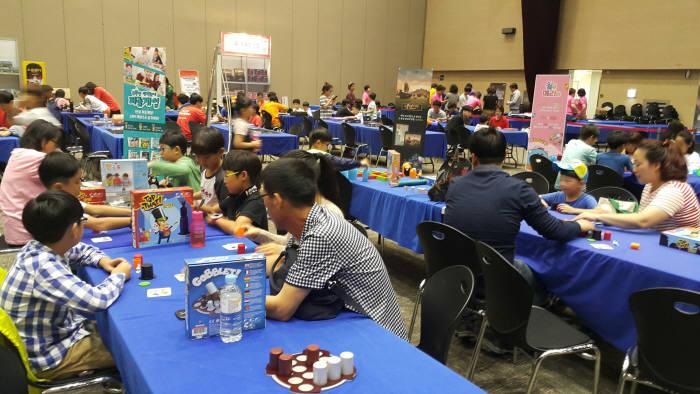 문화콘텐츠 마켓 종합전시회 2018 광주 에이스 페어(ACE Fai)가 13일부터 16일까지 김대중컨벤션센터에서 열린다. 지난해 행사 모습