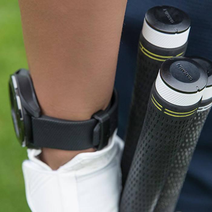 가민이 골프 샷을 자동 측정하고 라운딩 기록을 분석하는 클럽 분석 센서 어프로치 CT10을 국내 출시했다.