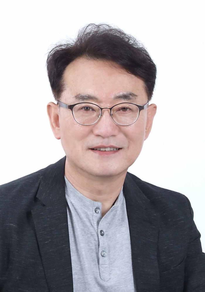 이동희 국민대 경영학부 교수·SW끝까지 간다 연구회장