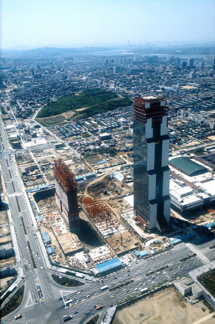 1985년 착공한 무역센터 건설현장(사진:무역협회)