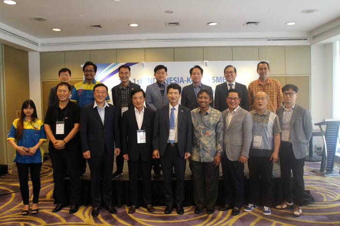 이노비즈협회가 소벤처기업부와 인도네시아 자카르타에서 제1회 한-인도네시아 기술교류 상담회를 개최했다.