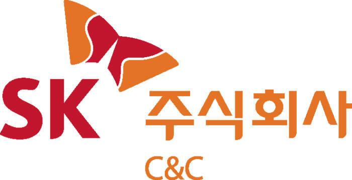 <SK C&C 로고>