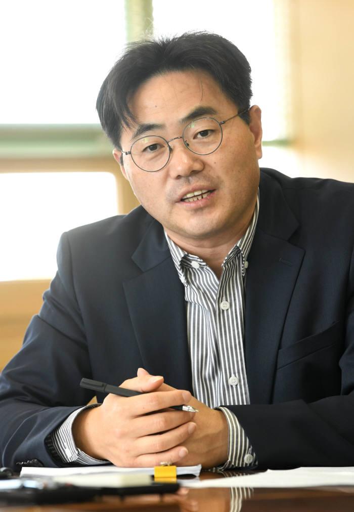 신혜권 전자신문 SW융합산업부장