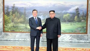 [평양정상회담]문 대통령, 곧 평양으로 출발…환영식·오찬 후 정상회담 개최