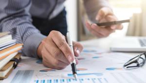 '소득주도성장 역행' 논란 가계동향조사, 전면개편…2020년부터 소득·지출조사 통합 작성