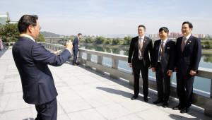 [평양정상회담]4대 그룹 총수·경제인, 양묘장 첫 방문...교원대학도 두루 살피며 경협 구상