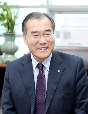 [2018 국감]이개호 농식품부 장관, 쌀 목표가격 동의서 11월 국회 제출