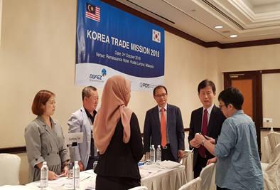 대구경북경제자유구역청이 말레이시아에서 수출상담회를 개최한 모습