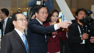 """성윤모 산업부 장관 """"주력산업 혁신전략 연내 마련"""""""