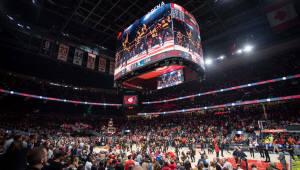 삼성전자, NBA 경기장에 360도 LED 스크린 장식