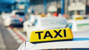 [국제]중국 최초 '자율주행 택시' 운행…광저우서 매일 2시간씩