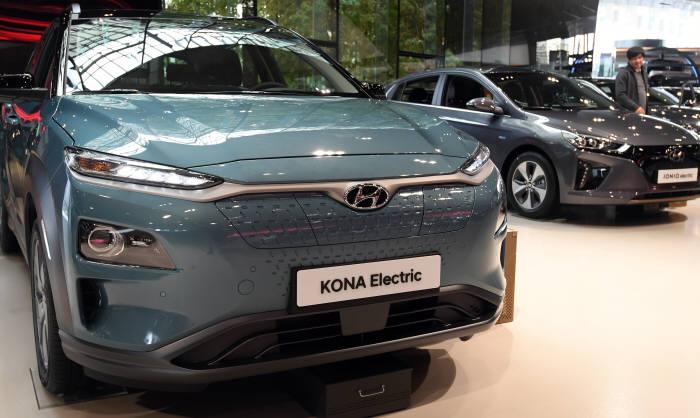 현대자동차 전기차 코나.