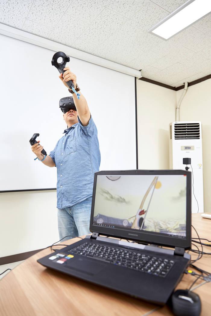천재교육의 VR를 활용한 활쏘기 교육 콘텐츠