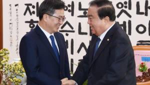 """김동연 부총리 """"내년 주요 정책 추진되면 소득분배 악화세 완화될 것"""""""