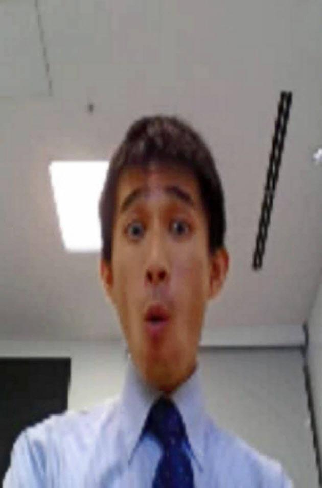 닛케이신문은 기자 표정과 똑같이 변하는 가짜 도널드 트럼프 대통령 동영상을 만드는데 성공했다.