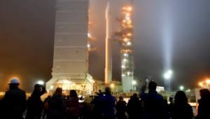 [국제]인사이트호, '무사 착륙'…2년간 화성 내부 탐사한다