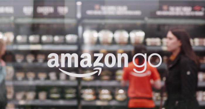 아마존의 계산원이 필요 없는 판매 기술이 적용된 매장 아마존 고
