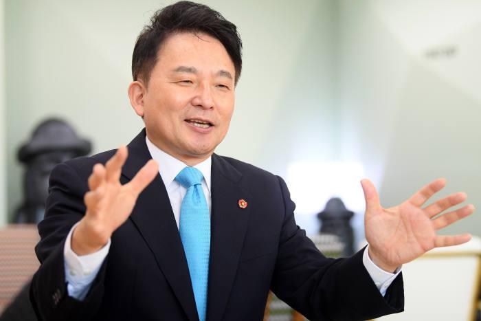 원희룡 제주도지사. 이동근기자 foto@etnews.com