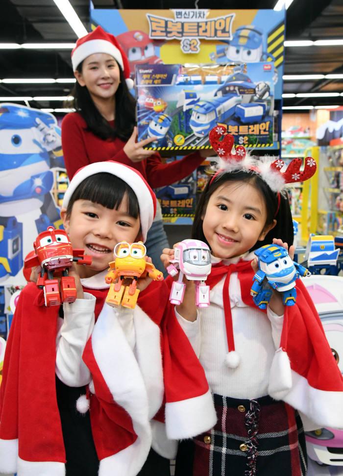 크리스마스 선물은 변신로봇 로봇트레인