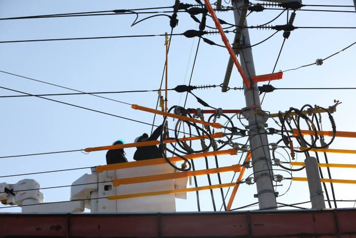 """전기공사협회, """"한전, 공사비 미지급에 배전 협력사 760개사 경영난"""""""