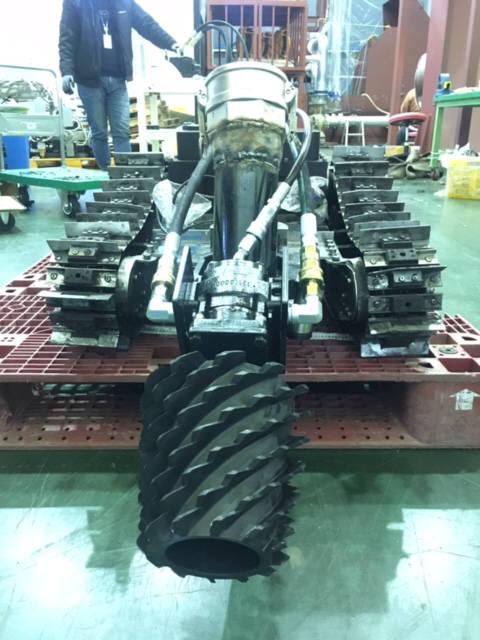 로보스코리아가 KIRO와 공동연구를 통해 개발한 수중청소로봇.