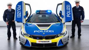 한국타이어 장착한 'BMW i8 쿠페 경찰차'