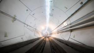 머스크의 도전...LA 지하 고속 교통터널 '루프' 공개