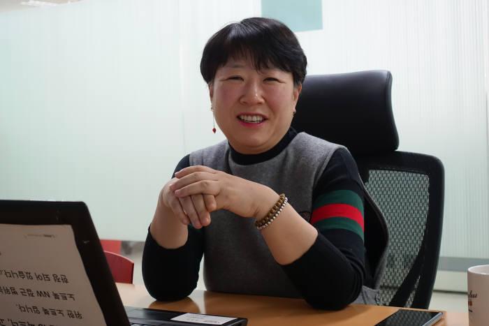 김유정 제이투씨 대표