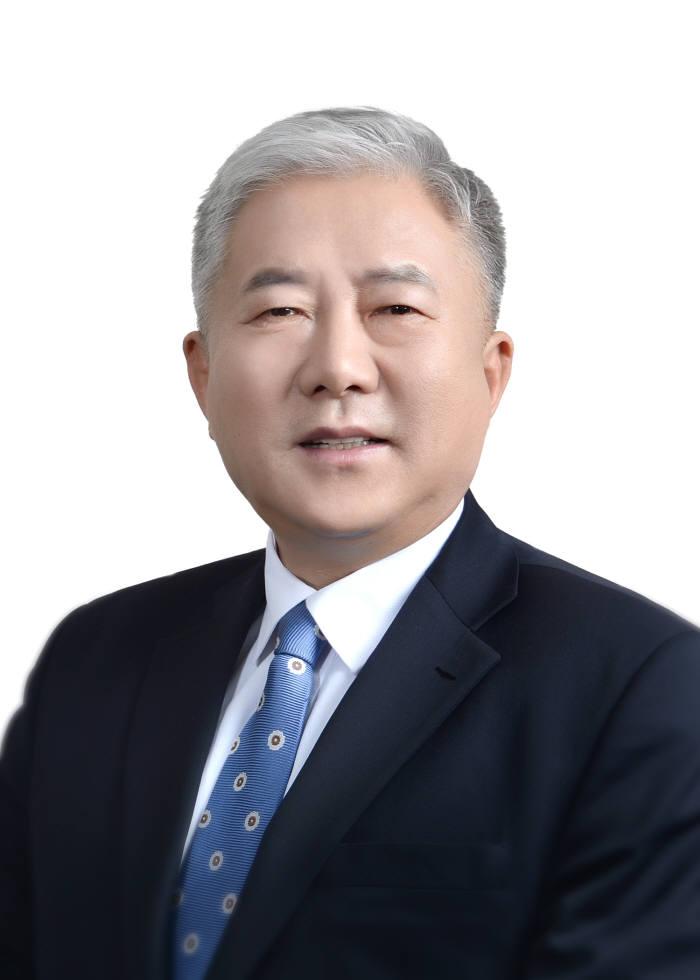 김동만 한국산업인력공단 이사장.