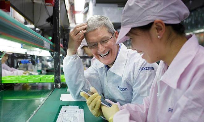 월스트리트저널(WSJ)은 애플 최대 협력업체인 대만 폭스콘이 아이폰 생산 공장을 인도로 이전하는 방안을 검토중이라고 보도했다. / 이미지=트위터