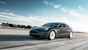 미국서 테슬라 전기차 판매량 줄었다...줄어든 보조금 탓?