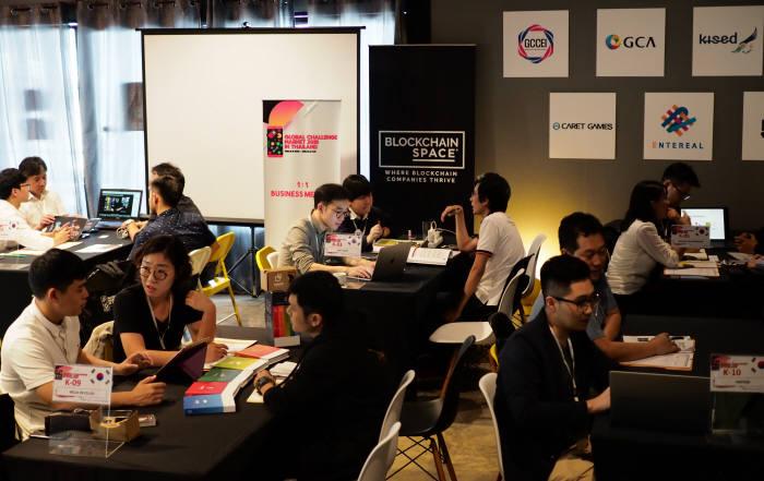 지난해 태국에서 열린 글로벌 챌린지마켓 진출지원 비즈니스 미팅.