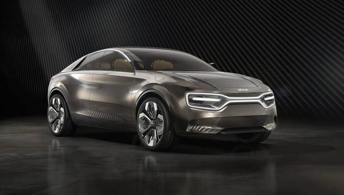 기아차가 이달 초 2019 제네바 모터쇼에서 최초로 공개한 차세대 크로스오버 EV 콘셉트카 이매진 바이 기아(Imagine by KIA).