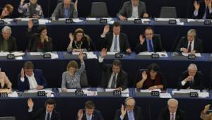 [국제]유럽의회, '화웨이 통신장비 보안 위협' 공식 결의안 채택