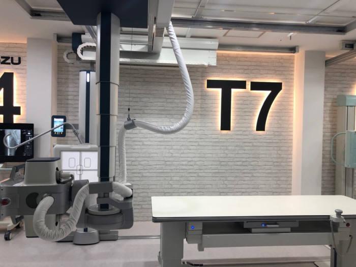 DK메디칼시스템 고사양급 엑스레이 T7