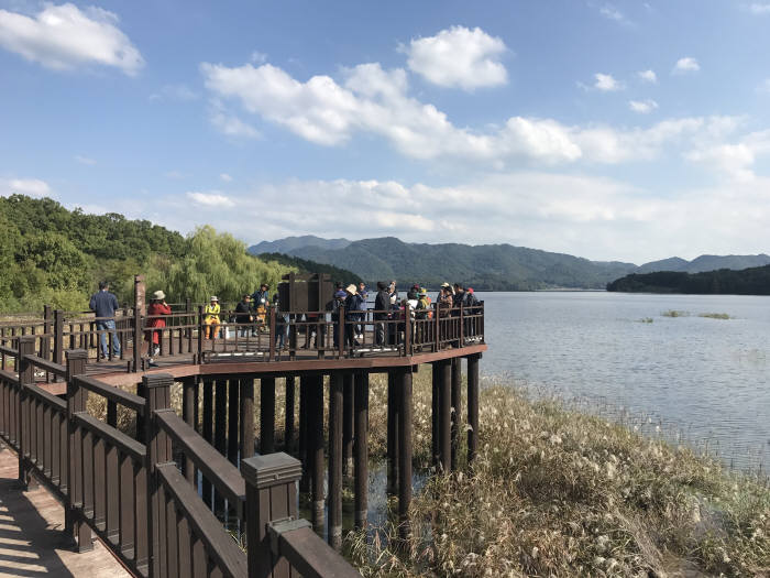 대청호오백리길 4구간 추동습지공원 전경. [자료:한국수자원공사]