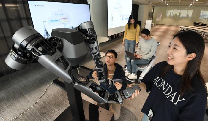 네이버 '1분기에만 5개 로봇 특허 확보', 연구개발 박차