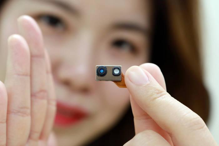 LG이노텍이 지난 2월부터 양산을 시작한 TOF 방식 3D 센싱 모듈