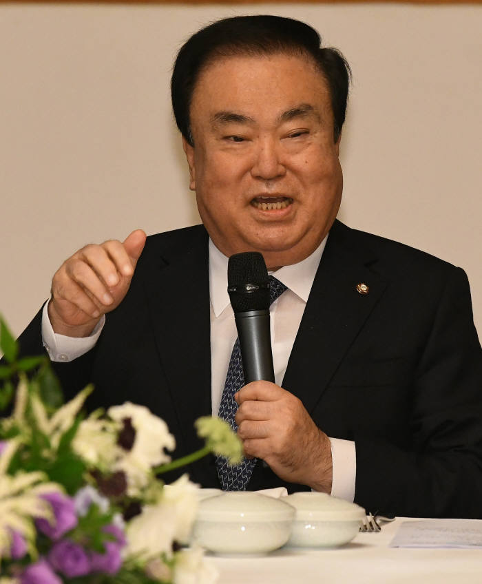 문 의장, 외회외교 재강조...의원별로 각 나라 담당하는 '외교협의회' 5월 출범