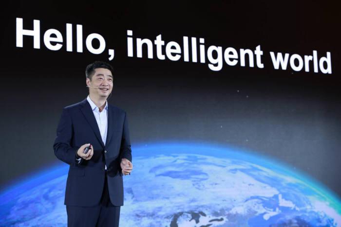 """켄 후 화웨이 회장 """"5G 세상은 '신뢰'가 핵심"""""""